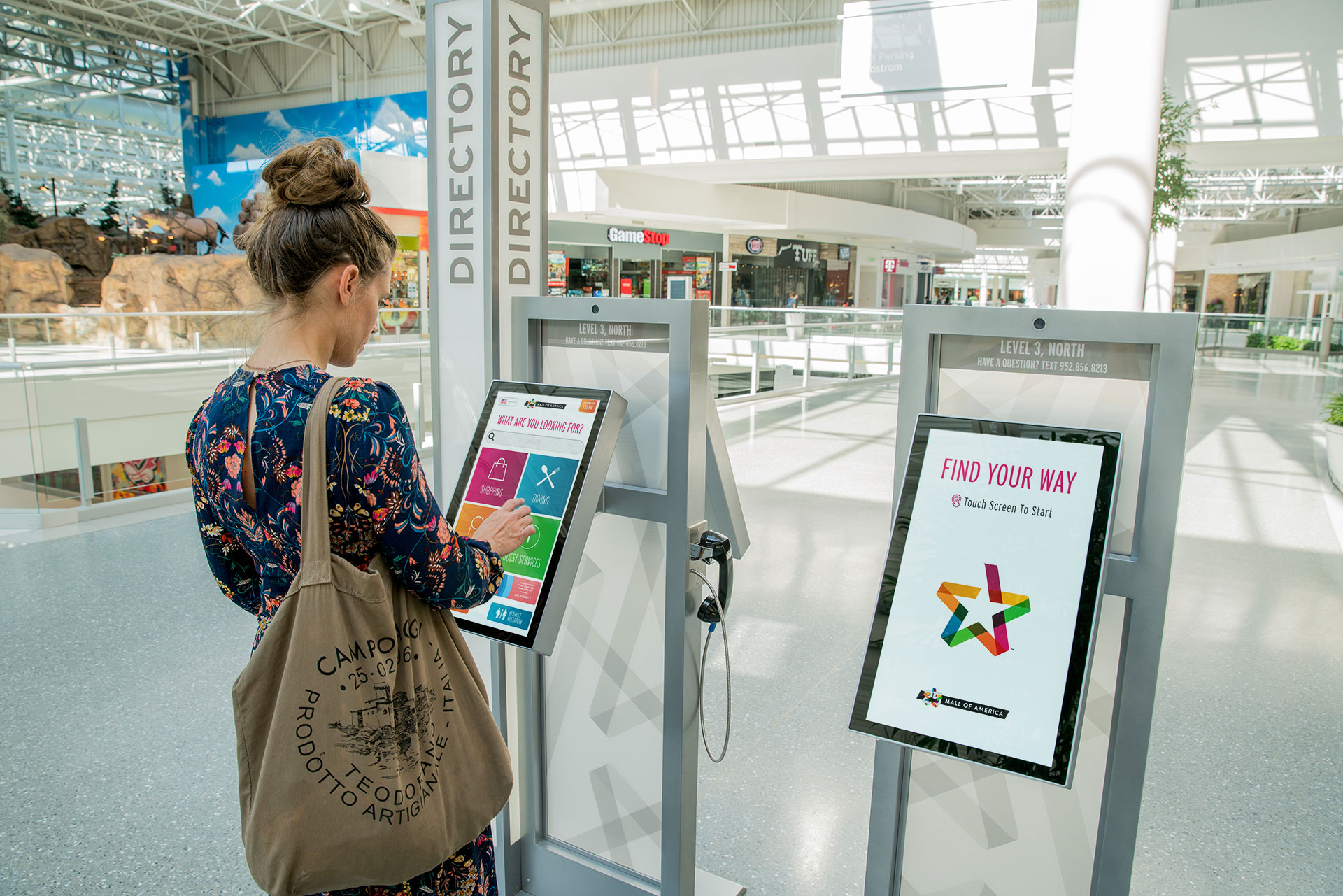 EXPRESS IMAGE EXPANDS FROM 6 TO NEARLY 100 DIGITAL DIRECTORIES AT MALL OF AMERICA®