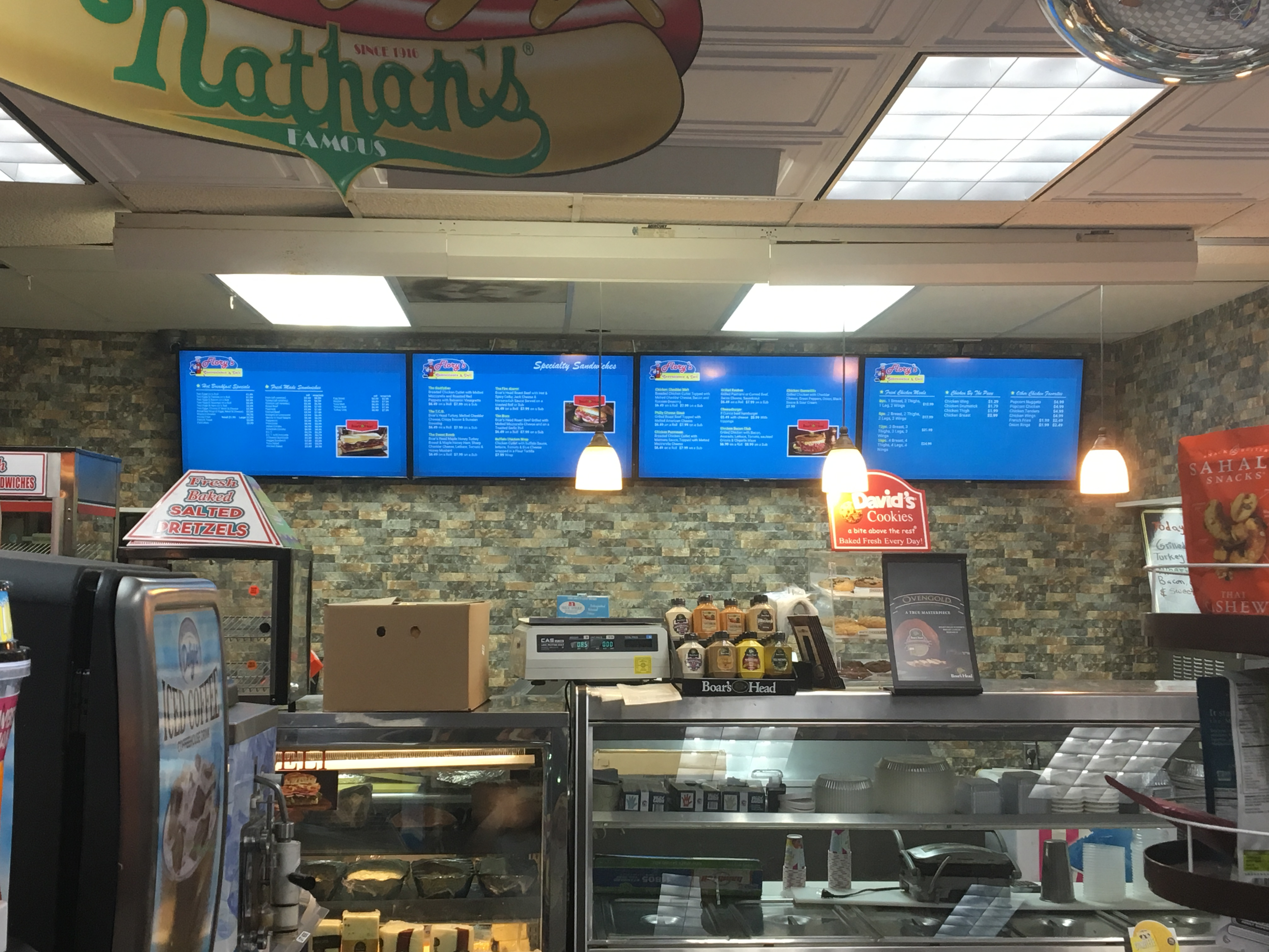 5 WAYS TO INCREASE YOUR SALES LIFT USING DIGITAL MENU BOARDS